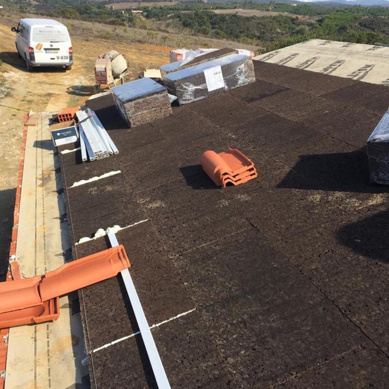 Reabilitação de coberturas no Algarve